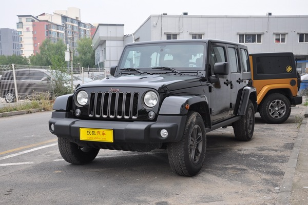 Jeep 牧马人四门版