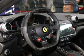法拉利GTC4 Lusso T广州车展实拍