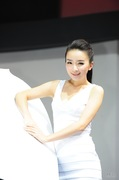2011广州车展雪铁龙5号车模