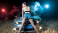 女网友深夜玩自拍 牛仔短裤秀美腿