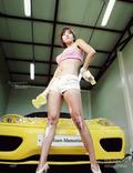 有时洗车也很养眼