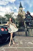 时装模特开跑车西欧浪漫之旅