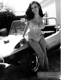 那些老照片上的性感车模 时尚没有年代界限