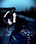 夜幕下的迷人车模风情万种 冷艳性感照片曝光