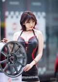 韩国赛车宝贝火辣来袭 车手看后全都欲罢不能