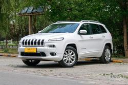[兰州市]Jeep自由光降价1万 店内现车足