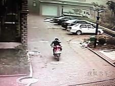 葫芦岛:监控锁定偷车贼 保安包抄逮正着