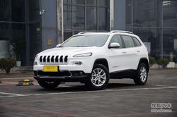 Jeep自由光全系优惠1.68万元 店内有现车