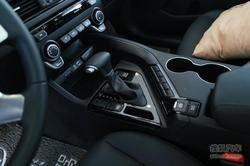 东风悦达起亚硬派SUV KX7上市会圆满落幕