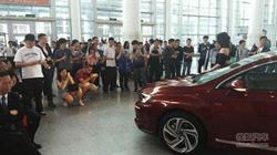 精致动感两厢车DS 4S亮相厦门五一汽车展