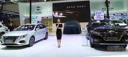 豪华大七座全领域SUV荣威RX8 天津区上市