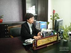 专访:无锡东方北现4S店总经理 丁晓女士