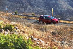 全新BMW 2系旅行车 走!让我们一起赏秋去