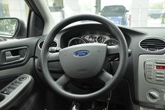 福特福克斯两厢1.8L 手动 舒适型方向盘图片