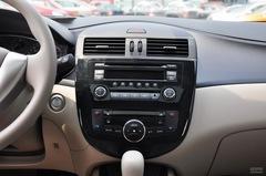 日产骐达2011款 1.6 CVT智能型中控台图片