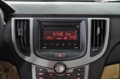 奇瑞A3三厢1.6L 手动 尊贵型中控台图片