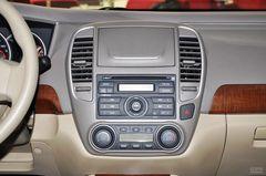 日产轩逸1.6XL 自动 豪华天窗版中控台图片