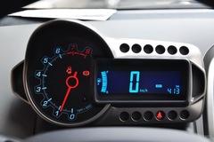 雪佛兰爱唯欧两厢1.4SE 手动仪表板图片