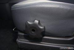 起亚秀尔1.6GLS 手动座椅调节图片