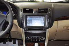 华泰B111.8T 手动 尊贵型 汽油中控台图片