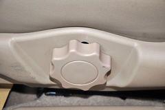 比亚迪F61.8L 手动 豪华型黄金版座椅调节图片