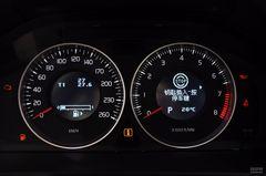 沃尔沃S602.0T 舒适版仪表板图片