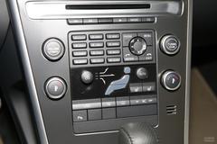 沃尔沃XC602.0T R-Design中控台图片