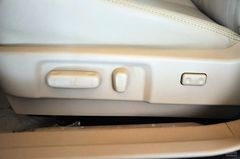比亚迪G62.0L 手动尊贵型座椅调节图片