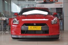 日产GT-R3.8L 美规旗舰版正前图片