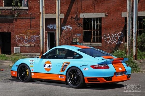 与保时捷标准版911 turbo车型相比,升级版车型的这辆质量轻了65kg.