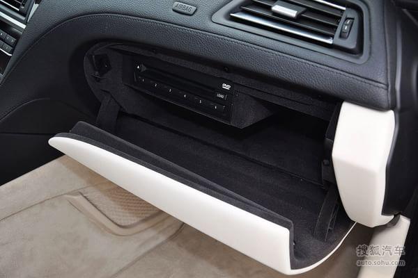 行车电脑显示屏:全系标配 多碟dvd系统:全系标配 cd支持mp3/wma:全系