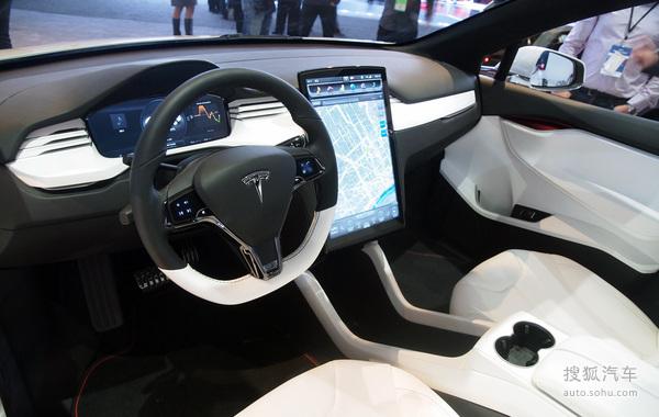 Tesla Model X 实拍 内饰 图片