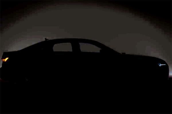 展示车头及侧面轮廓 全新A6预告视频截图