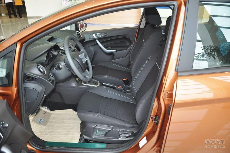 2013款福特嘉年华两厢1.5L自动品尚型 -福特嘉年华两厢图片