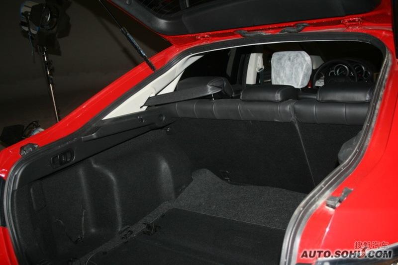 马自达一汽轿车睿翼轿跑车2010款马自达睿翼轿跑车高清图片