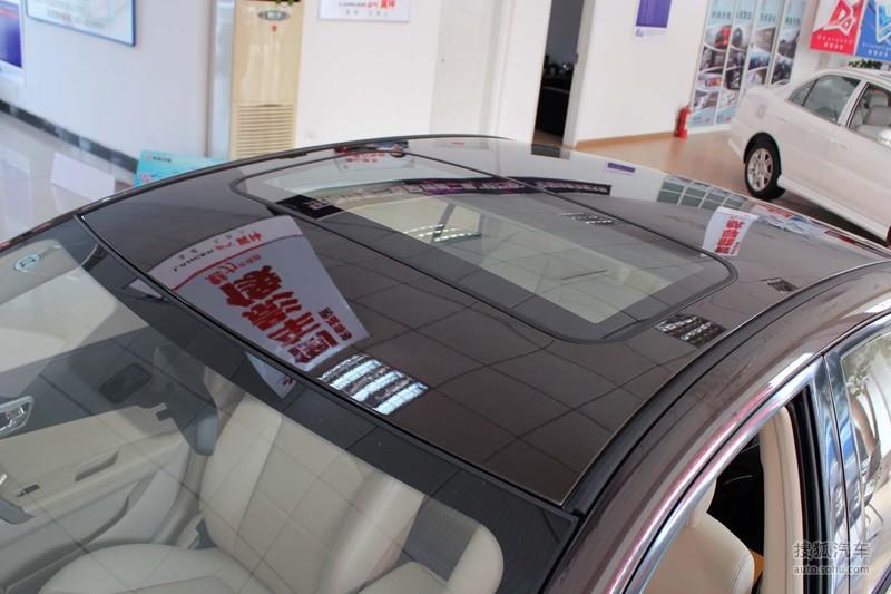 东南东南汽车v5菱致2012款东南v5菱致1.5l手动旗舰型高清图片