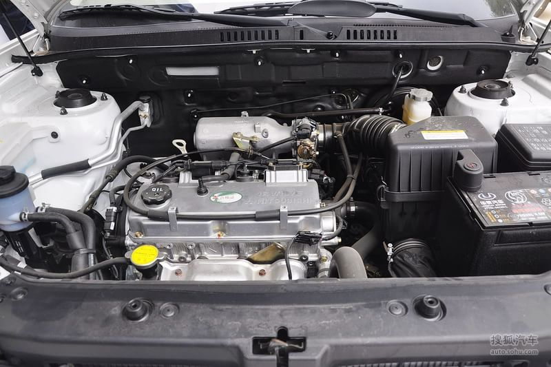 华泰华泰汽车圣达菲2012款华泰圣达菲2.0l手动两驱豪华型高清图片