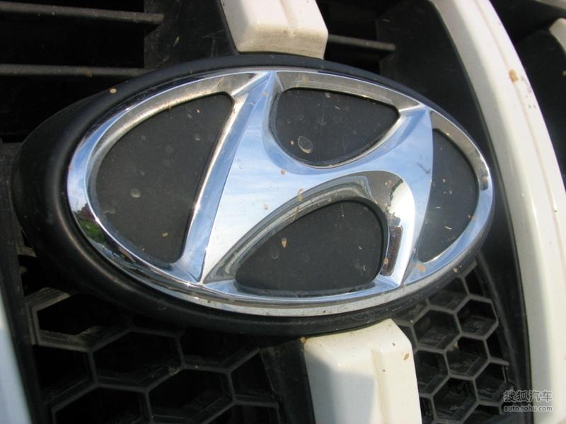 特拉卡2004款2.5TCI(柴油机)外观m74377图片长安欧尚a800七座延安店多少图片