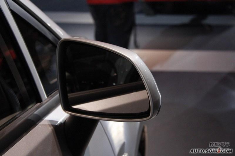 雪佛兰上海通用赛欧三厢2010款雪佛兰新赛欧上市发布会现场高清图片