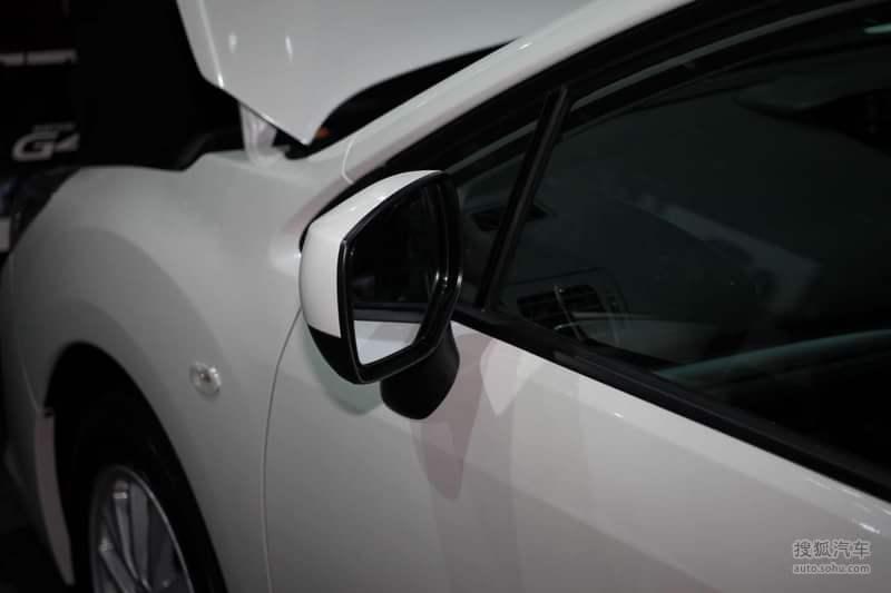 斯巴鲁翼豹两厢频道进入斯巴鲁翼豹两厢车会新一代宝马x5 m高清图片