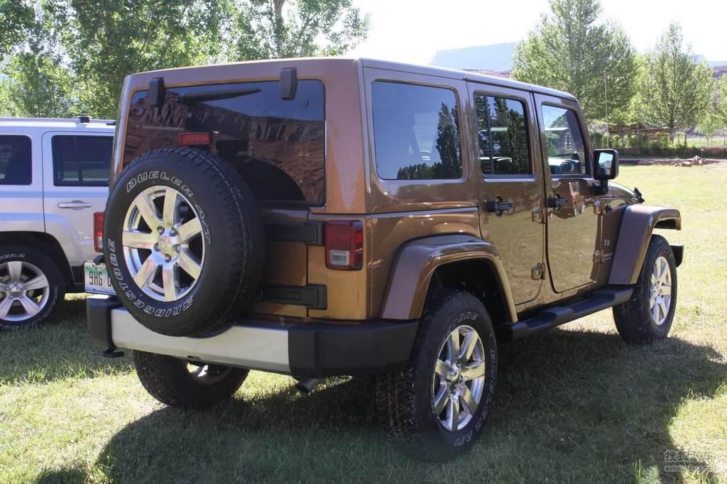 jeep吉普牧马人四门版