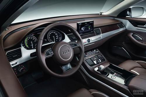 奥迪A8混合触动力版官方图片