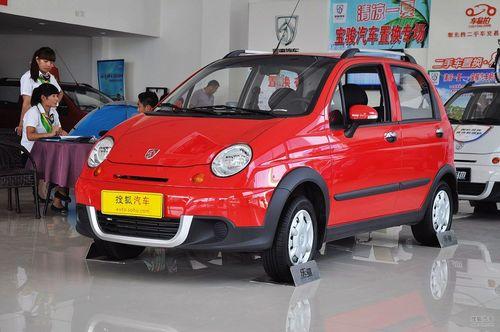 2012款宝骏乐驰1.2L手动优越型