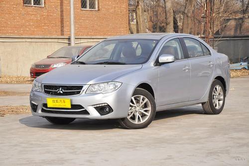2013款三菱风迪思1.8L自动豪华型 国V