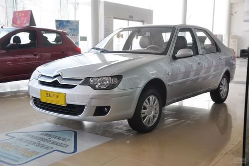 2012款雪铁龙爱丽舍三厢1.6L手动尊贵型