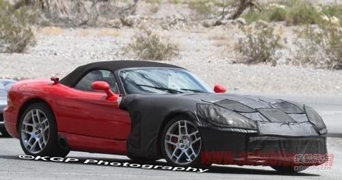 新道奇蝰蛇路试谍照亮相 预计2013年发布