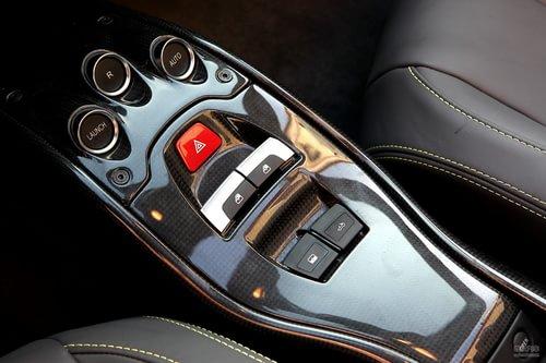 法拉利 458 Italia 实拍 内饰 图片
