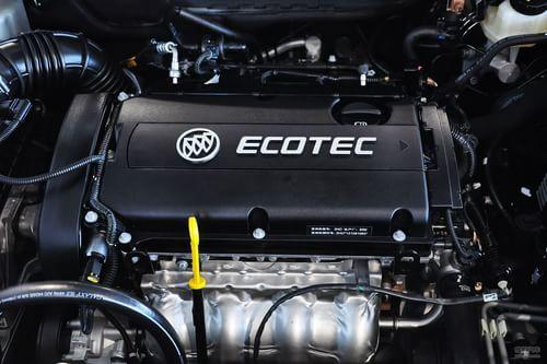 2013款别克英朗GT 1.8L自动时尚型