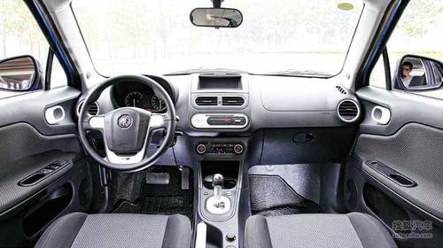 《世界汽车》试驾MG 3
