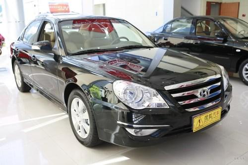 2009款北京现代名驭2.0L手动舒适版